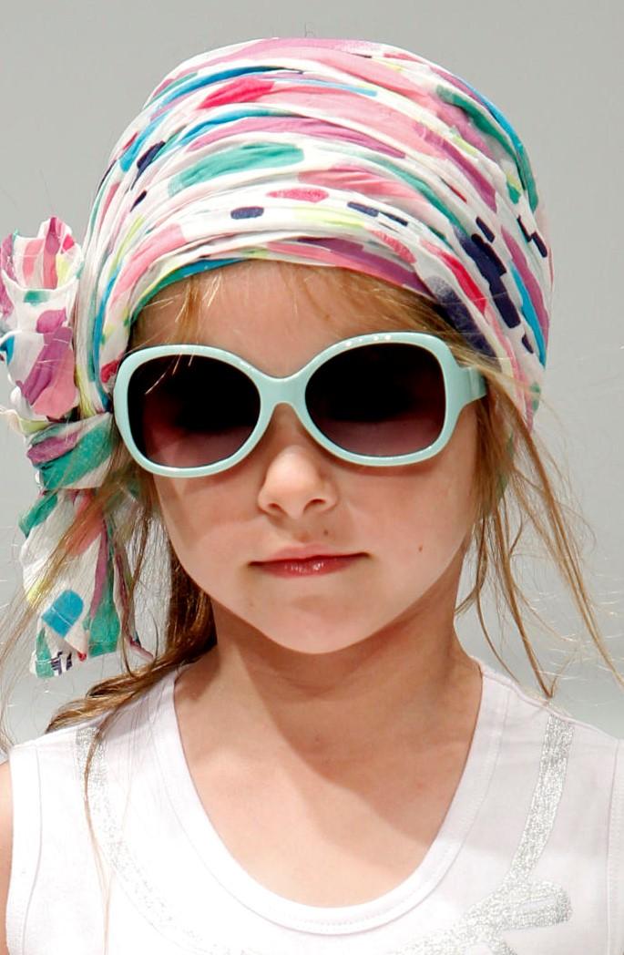 56a31211d3ff1 Óculos escuros para crianças  Elas também precisam de proteção ...