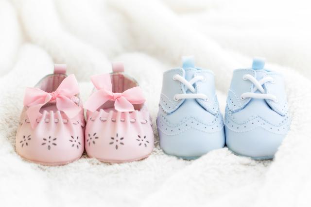 Azul em roupa de menina e rosa pra menino Entenda melhor essa história!